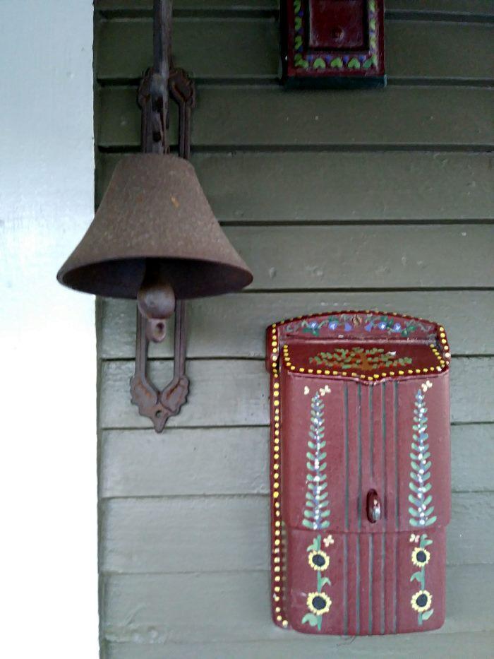 Mailbox and Light